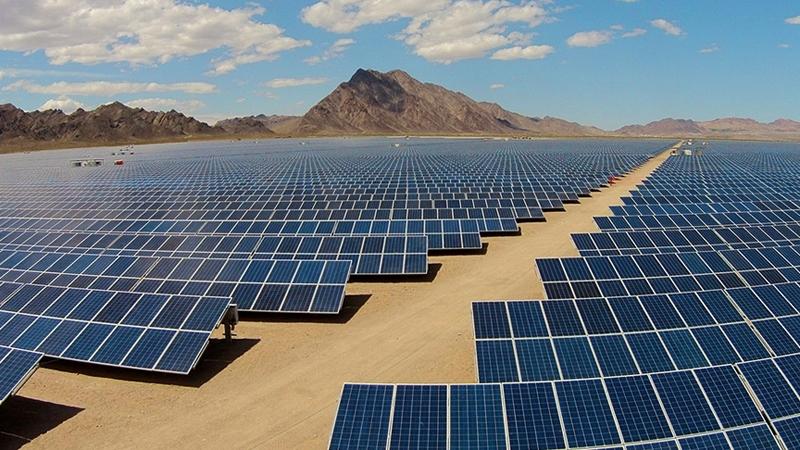 Топ 5 найбільших сонячних електростанцій світу