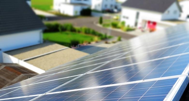 Сонячні станції на землі, переваги та недоліки