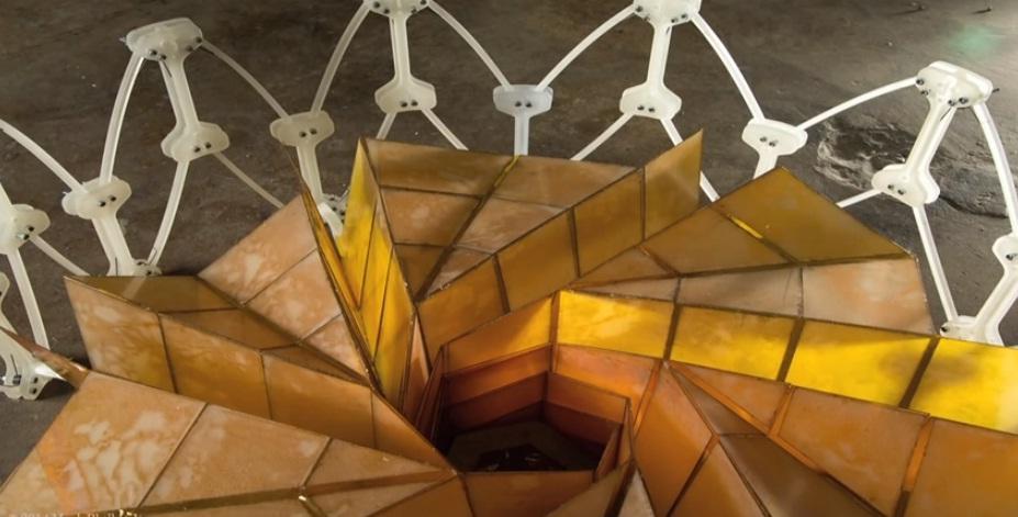 Сонячна панель оріґамі для польотів у космос і для Землі
